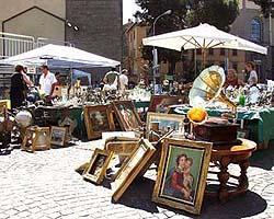 Tuscia eventi in piazza antiquariato e collezionismo for Mercatino usato viterbo